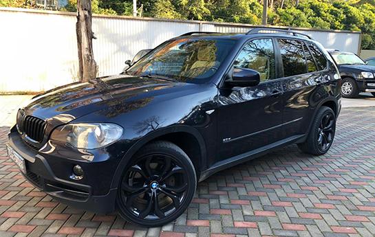 BMW X5 тёмно-синий